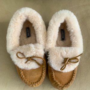 Lands' End women's slippers